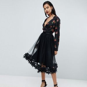 Pretty little things 3D floral tulle midi skirt